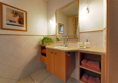 badsanierung teilsanierung - gaestetoilette mediteran1